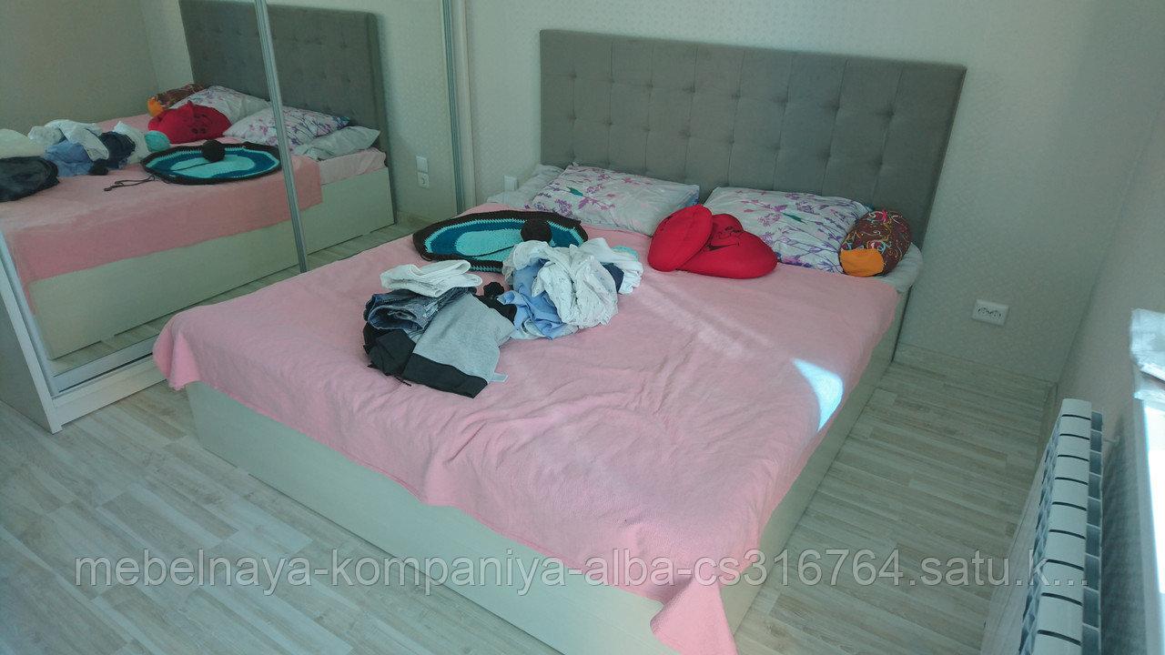 Шкафы и кровати для спальни