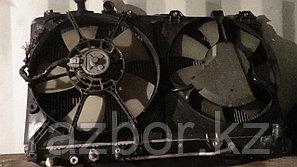 Вентилятор радиатора левый Toyota RAV4 (ACA21)
