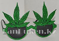 Карнавальные очки зеленые с блестками