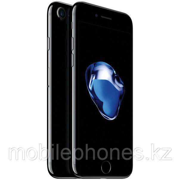 Смартфон Apple iPhone 7 128Gb (Чёрный глянцевый)