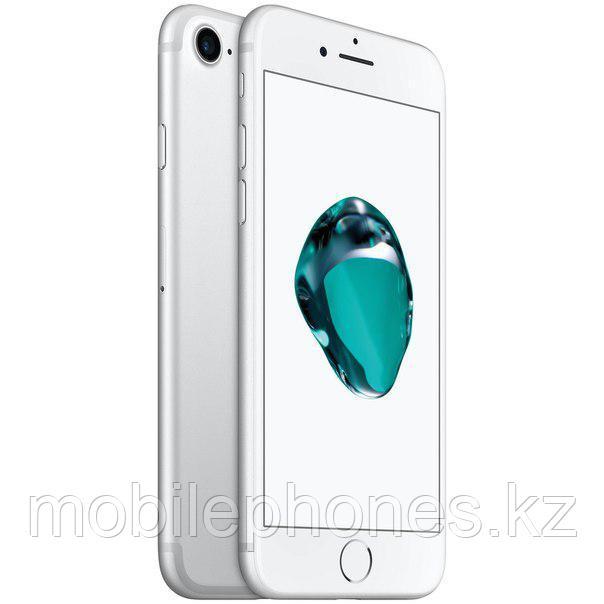 Смартфон Apple iPhone 7 128Gb (Серебро)
