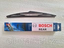 BOSCH Стеклоочиститель заднего стекла с пластиковым корпусом 300mm (H 312) L=300 задняя Hyundai i30/ix35, Kia