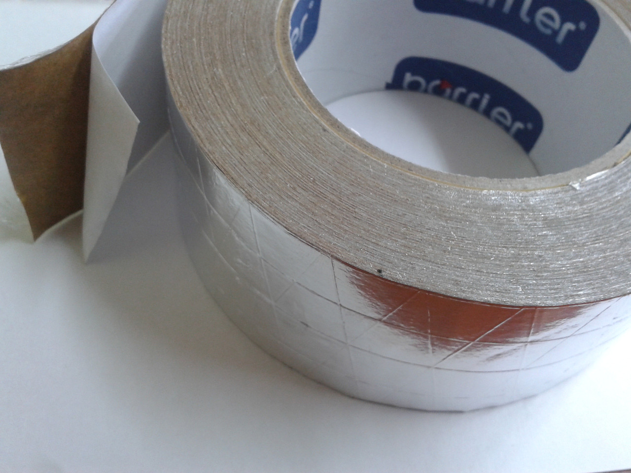Скотч Металлизированный алюминиевый армированный 5см*50м.