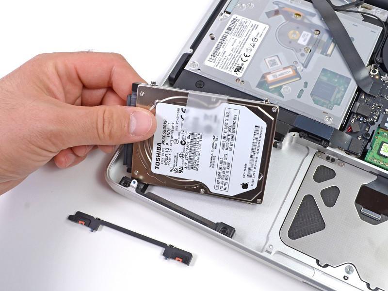 Замена жесткого дискаHDDна MacBook