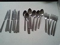 Столовая утварь(посуда,столовые приборы,половники).
