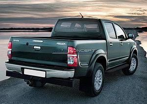 "Порог-площадка ""Black"" Toyota Hilux 2005-2011"