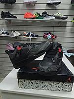 Баскетбольные кроссовки Nike Air Jordan 4 Retro черные