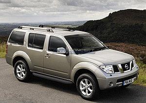 "Порог-площадка ""Black"" Nissan Pathfinder 2010-2014"
