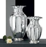 Серебряная ваза ручной работы