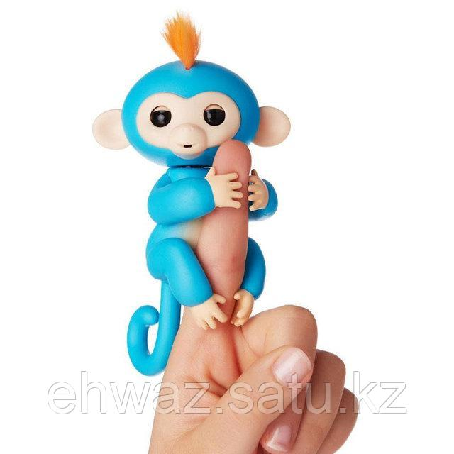 Обезьянка Fingerlings на пальчик Прилипунцель Борис