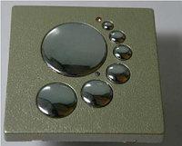 Сенсорный выключатель в пластмассовом корпусе
