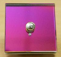 Сенсорный выключатель в стеклянном корпусе