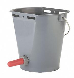 Молокопоилка для телят (ведро пластиковое с крышкой и соской с клапаном),емк. 8 л. № 144 КЕРБЛ
