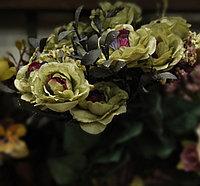 Цветы искусственные, розы, красно-зеленые