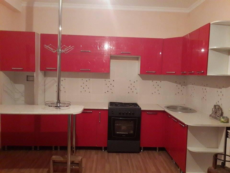 Составные материалы в изготовлении кухонь