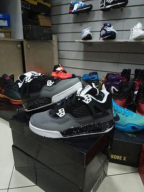 Баскетбольные кроссовки Nike Air Jordan IV (4) Retro черные, фото 2