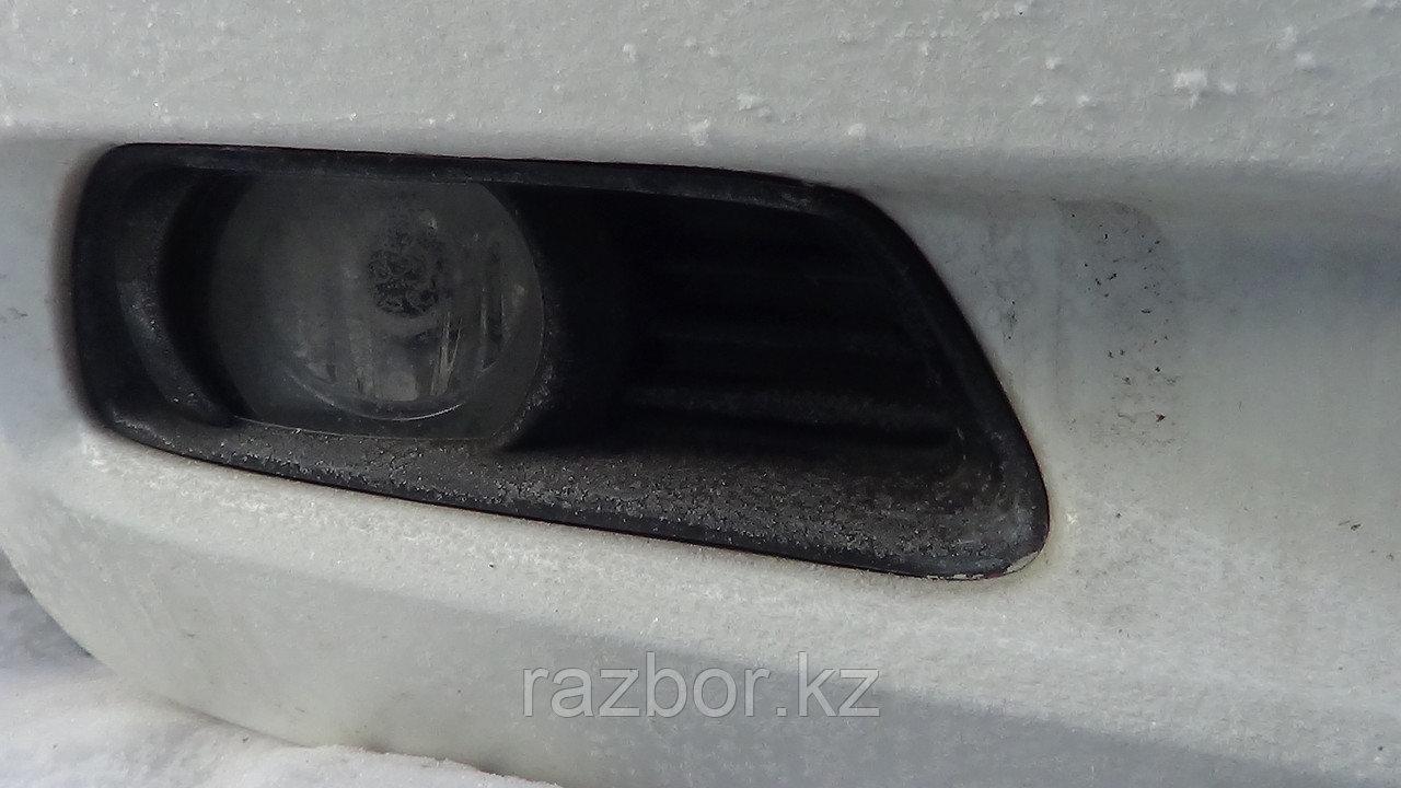 Противотуманка передняя правая Toyota Camry (40)