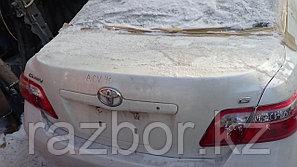 Крышка багажника Toyota Camry (40)