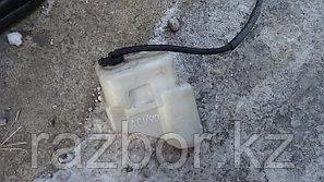 Бачок омывателя лобового стекла Toyota Camry (40)
