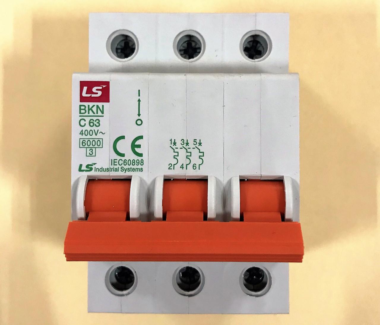 Автоматический выключатель BKN 3P C63 (6кА)