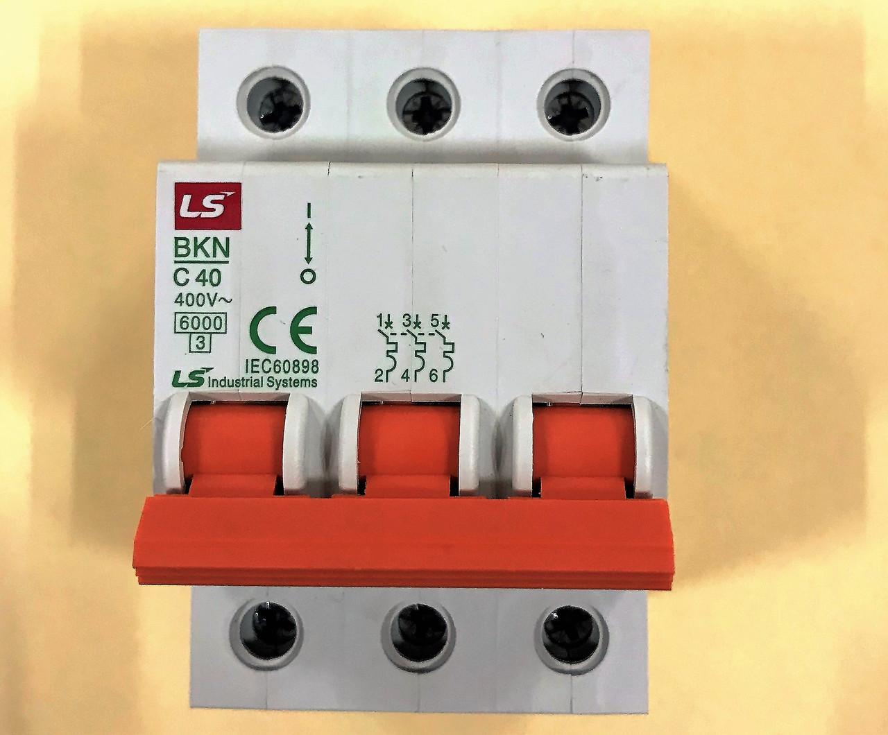 Автоматический выключатель BKN 3P C40 (6кА)
