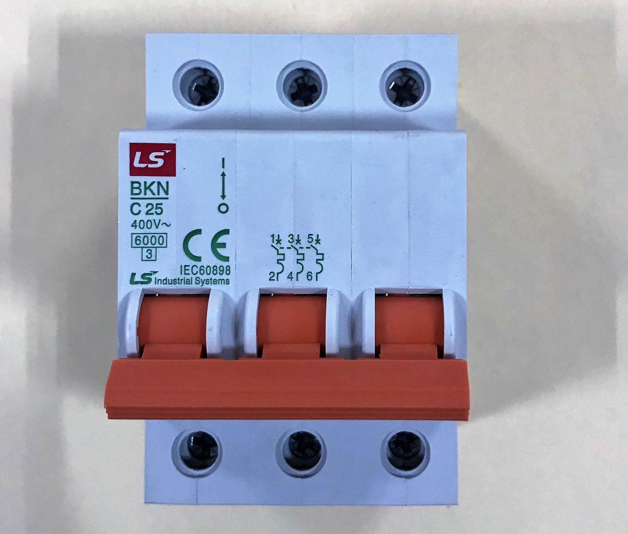 Автоматический выключатель BKN 3P C25 (6кА)