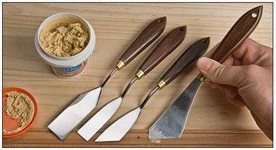 Инструменты для нанесения клеёв и шпатлёвок