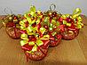 """Новогодние шары из ниток и конфет """"Rafaello"""" d-10см"""