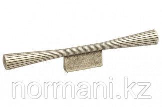 Мебельная ручка, замак, размер посадки 32мм, отделка серебро античное