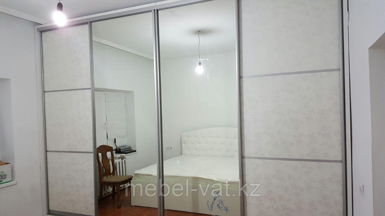 Спальный гарнитур (шкаф-купе и кровать)