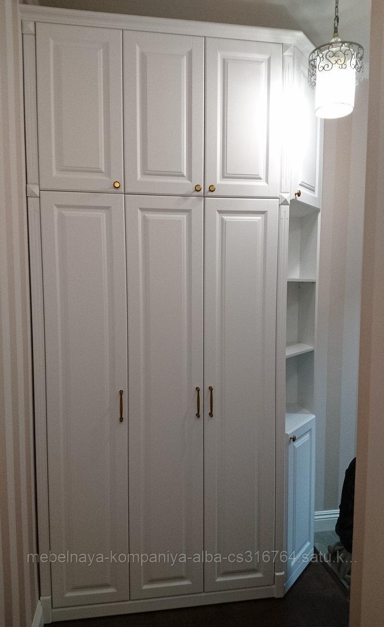 Шкаф в прихожую на заказ