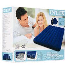Двуспальный надувной матрас с двумя подушками и насосом, Intex 68765, фото 3
