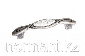Мебельная ручка, замак, размер посадки 96мм, отделка серебро античное + вставка