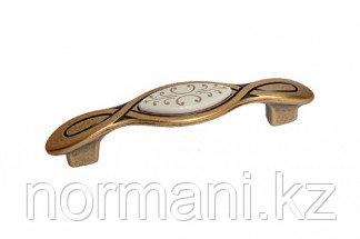 Мебельная ручка, замак, размер посадки 96мм, отделка бронза античная красная + вставка