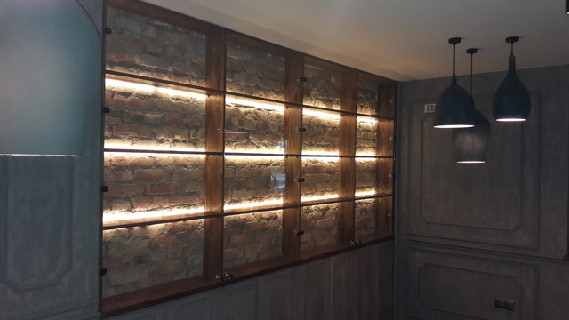 Мебель и торговое оборудование из стекла