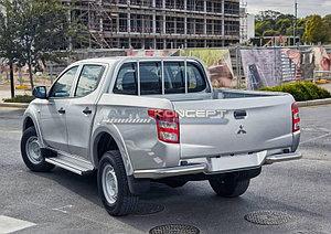 Защита заднего бампера d76 уголки Mitsubishi L200 2015-