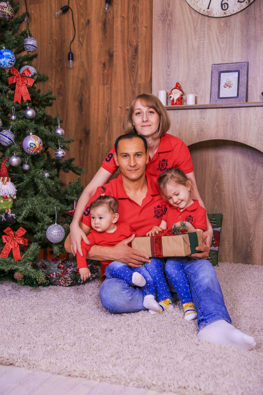 Комлект футболок поло для семьи