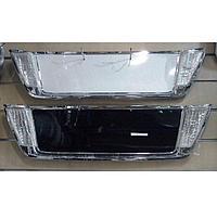 Накладка задней двери на LC200 2008-11 в стиле Lexus