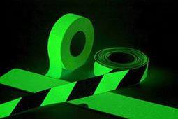 Фотолюминесцентные ленты Glo Brite® с клеевым слоем