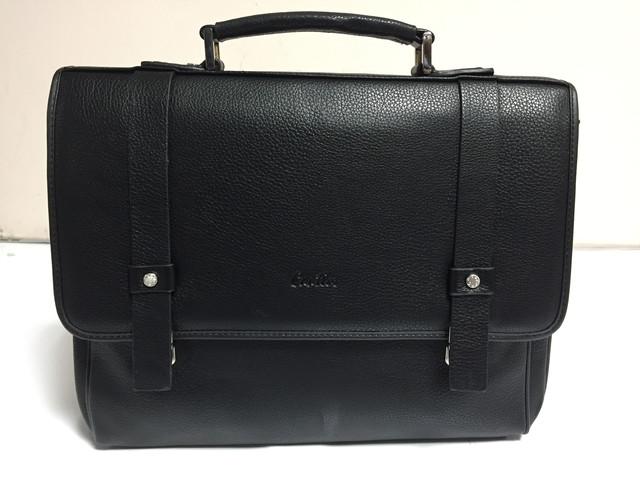 Деловые портфели и сумки-планшетки.