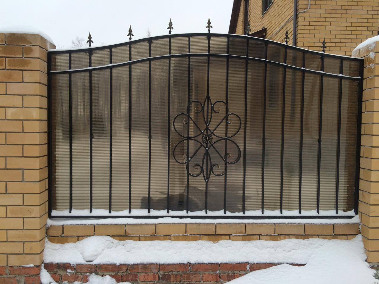 Забор с полигаля