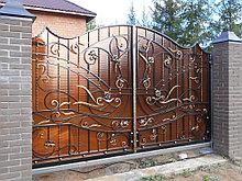 Ворота с сотового поликарбоната