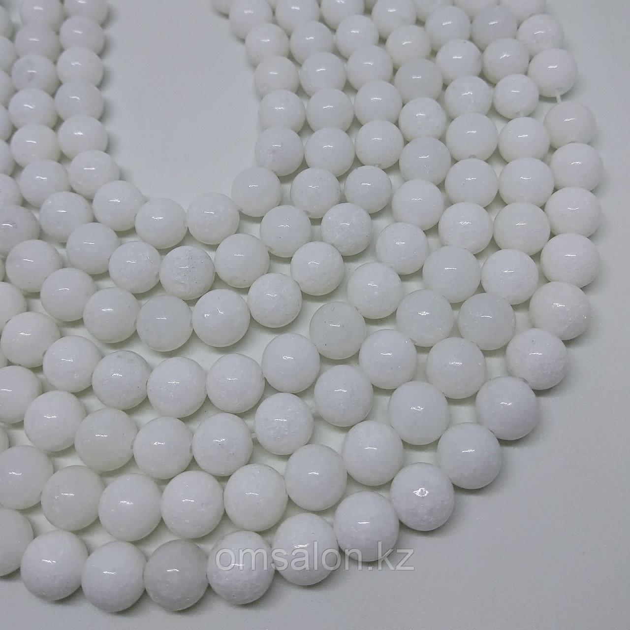 Агат белый, 8 мм