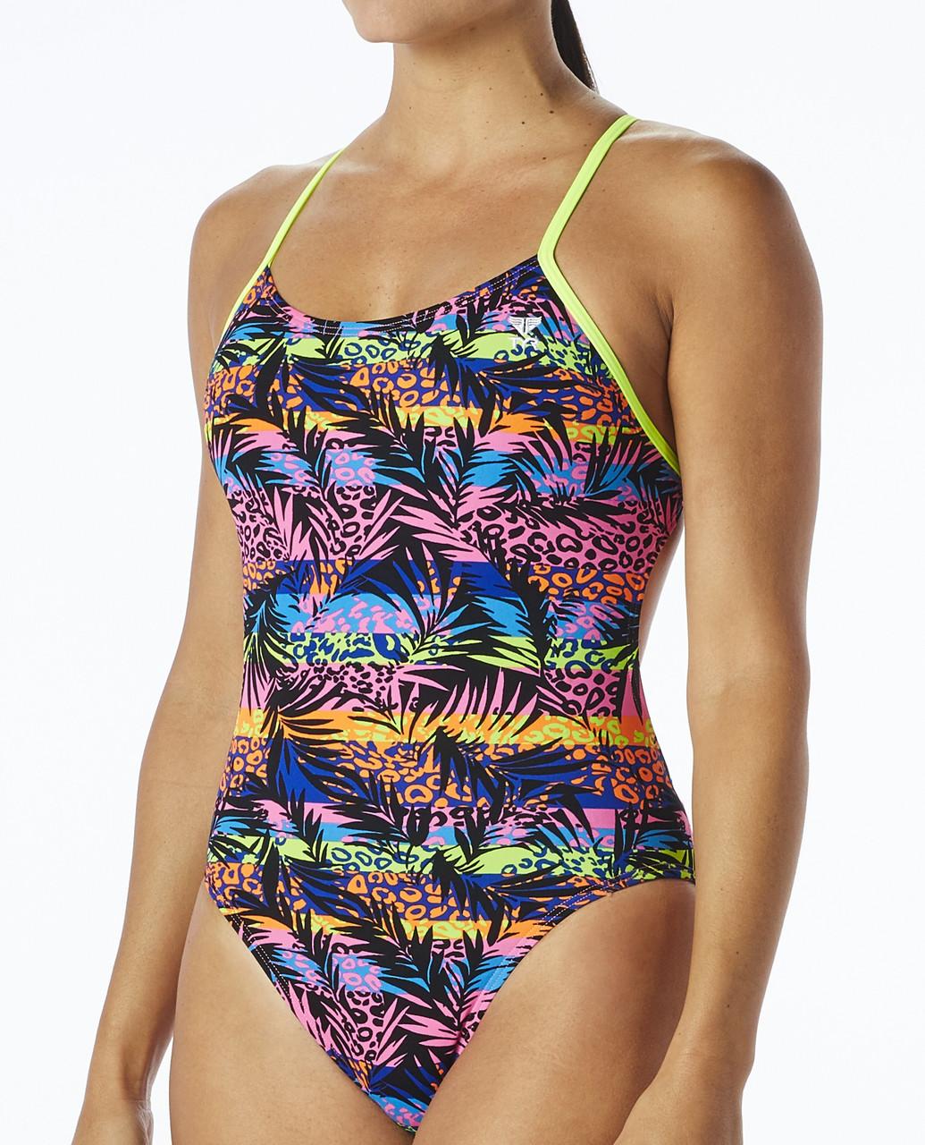 Спортивный купальник TYR Sumatra Cutoutfit цвет 004 Черный/Мульти размер 26