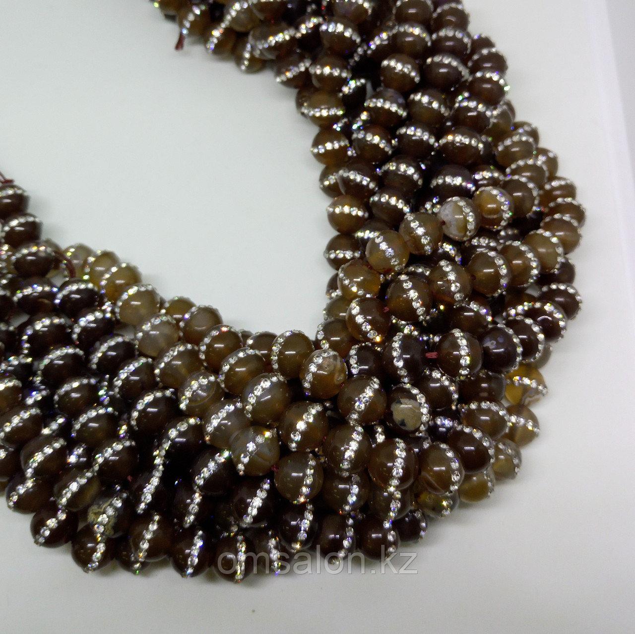 Агат коричневый со стразами, 10 мм