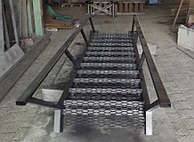 Лестница гаражная