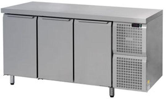 Стол средне температурный нержавеющая сталь 3 двери