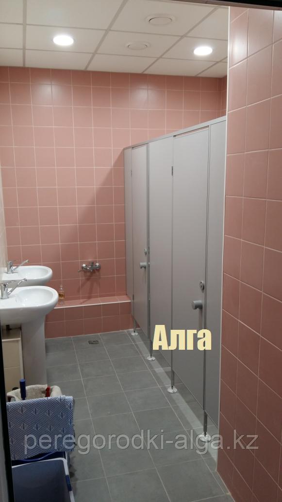 Перегородка для туалетной комнаты из ЛДСП 16 мм