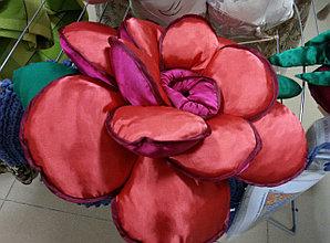Роза. Подушка декоративная.