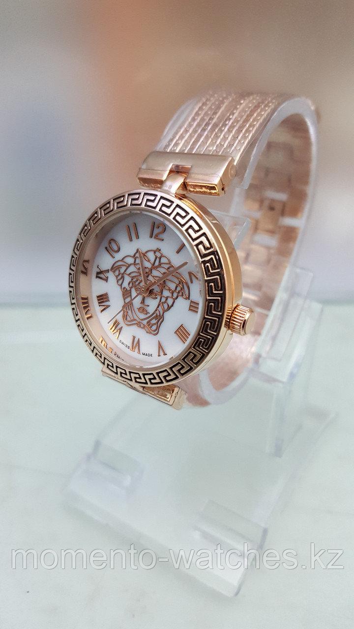Женские часы Versace